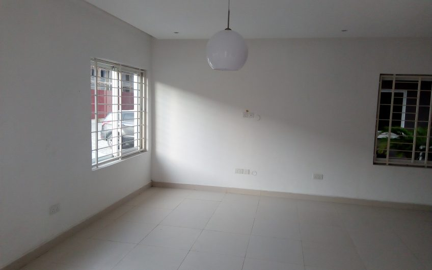 FOR SALE: Tastefully finished 4 Bedroom Semi-Detached Duplexes and 3 Bedroom terrace Duplexes.