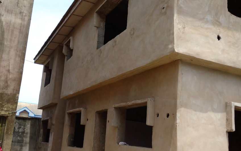 FOR SALE  2 blocks comprising 4Nos 3-bedroom flat and 2Nos 2-bedroom flat.