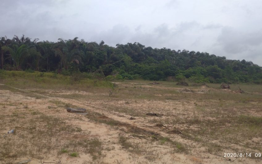 ACRES OF LAND AVAILABLE FOR SALE AT LEKKI-EPE EXPRESSWAY (CONTACT US FOR MORE DETAILS)